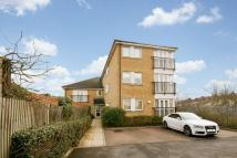 Flat in Greenford Road, Harrow