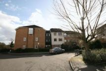 2 bedroom Flat in Vicars Bridge Close...