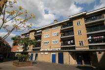 3 bedroom Flat in Church Street Estate...