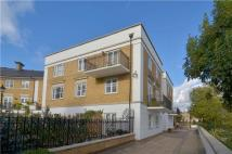 Apartment to rent in Thames Crescent, London...