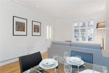 1 bedroom Flat in Hamlet Gardens, London...