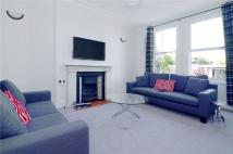 3 bed Flat to rent in Thorney Hedge Road...
