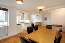 property to rent in Kew Bridge Court, London, W4