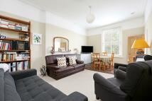 3 bedroom Flat in Wellesley Road, London...
