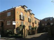 Apartment to rent in Temple Road, Windsor...