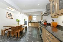 3 bedroom Terraced house in Alexandra Road, Windsor...