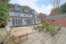 6 bed Detached house in Winkfield Road, Windsor...