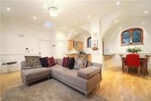 2 bed Apartment in Hatch Lane, Windsor...