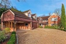 6 bed Detached home in St Leonards Hill...