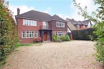 4 bedroom Detached property to rent in Southlea Road, Datchet...