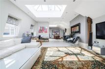 4 bedroom Penthouse in Shaftesbury Avenue...