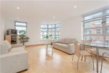 2 bedroom Apartment in Leyden Street, London, E1