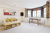 Apartment in Portsoken Street, London...