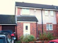 4 bedroom house to rent in Redshaw Close...
