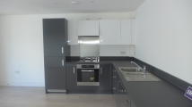 2 bed Apartment in West Plaza
