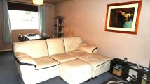 1 bed Apartment in Quincy Road, Egham