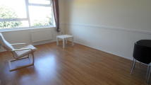 2 bed Apartment in Stanwell Road, Ashford