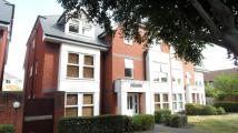 Apartment to rent in School Lane, Egham