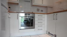 2 bedroom Apartment to rent in Wooldridge Close, Bedfont
