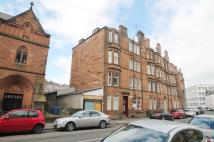 Flat in 198, Newlands Road...