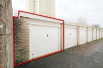 Garage in 36a for sale