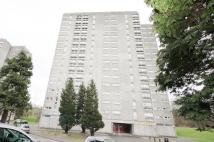 3 bedroom Flat for sale in 7E, Park Court...