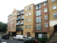Flat to rent in Griffin Court Black...