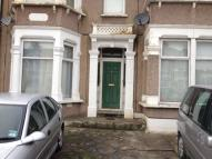 2 bedroom Flat in Kensington Gardens...