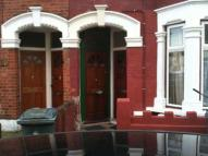2 bed Flat to rent in Cheshunt Road...