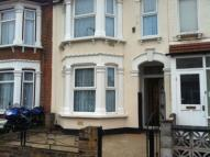 4 bed property in Henley Road, Ilford, IG1