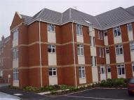 Flat to rent in Chartwell Court...