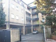 Flat to rent in Vallance Road, London, E1