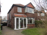 3 bedroom Detached home to rent in Andrews Avenue, Urmston...