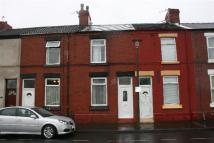 2 bedroom property in Central Street...