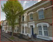 2 bedroom Terraced home in Elm Park, Brixton Hill