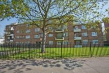 Flat in Knox Court, Studley Road
