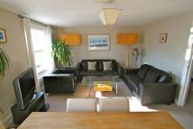 3 bed Apartment to rent in Fernlea View, Balham