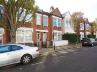Ground Flat to rent in Cathles Road, Balham