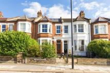 Ground Flat in Cavendish Road, Balham