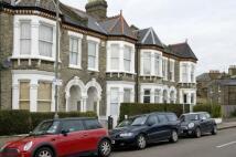 4 bedroom Terraced property in Hearnville Road, Balham