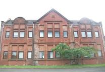 2 bedroom Ground Flat in Redhouse Court...