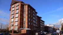 Apartment to rent in Queen Victoria Road...