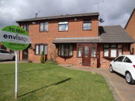 4 bedroom semi detached house in Glenrridings Close...