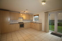 Town House to rent in 5 St James Way, Hartford...
