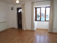 1 bed Flat to rent in 12 Rays Brow...