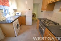 4 bedroom Terraced property to rent in Highgrove Street, Reading