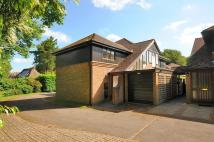 Flat for sale in Baytree Close...