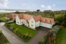 5 bedroom property in Saxmundham Road...