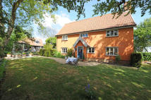5 bed house to rent in Combs, Stowmarket...