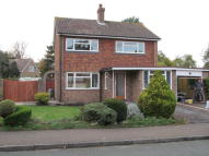 Detached home to rent in Bentley Close, Longfield...